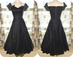 Vintage 80s does 50s Black Velvet Full Sweep by IntrigueU4Ever, $79.00