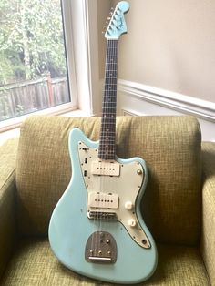 64 Jazzmaster Daphne Blue