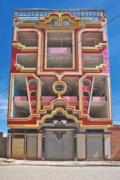 architecture - The Colorful Mansions of El Alto Unusual Buildings, Amazing Buildings, Modern Buildings, Amazing Architecture, Modern Architecture, Art Deco Buildings, Bolivia, Art Nouveau, House Front Design