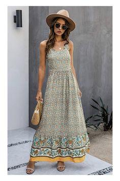 Mit einem niedlichen Sommerkleid hast du im Frühling und Herbst ein schnelles und luftiges Outfit in deinem Kleiderschrank. Wie wäre es mit diesem Aprikose farbenen langen schulterfreiem Sommerkleid im Boho Style mit Blumenmuster, einem elegantem Schnitt für einen lässigen, und schlichten Look. Damen Maxikleid | Strandkleid | schulterfreies Kleid #ad #affiliate #modetrend #2021 #fashion #strandoutfit #spaghettiträgerkleid Gypsy Dresses, Women's Dresses, Floral Midi Dress, Summer Dresses For Women, Elegant, Fashion Boutique, Size Chart, Spaghetti Straps, Products