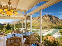 Read real reviews, guaranteed best price. Special rates on Nugget Point Queenstown Hotel in Queenstown, New Zealand.  Travel smarter with Agoda.com.