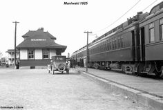 Voir la photo Ottawa Valley, Canadian Pacific Railway, Train Stations, Uk Europe, Wakefield, Old Photos, Ontario, Trains, Around The Worlds