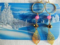 """Forgyldt sølv øreringe med blade i forgyldt sølv og pink sten. De måler 3 cm """"Go Gold today"""""""