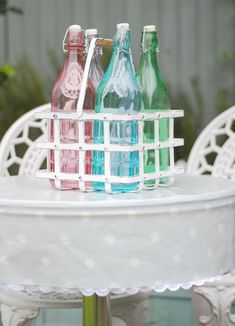 Oilcloth tablecloth tutorial by Torie Jayne