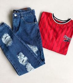 How wonderful it is youre in this world Tee Teenager Outfits, College Outfits, Outfits For Teens, Trendy Outfits, Cool Outfits, Teen Fashion, Korean Fashion, Fashion Outfits, Mode Shoes
