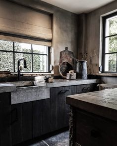 Belgian Style, Rustic Kitchen, Cool Kitchens, Furniture Decor, Home Remodeling, Townhouse, Minimalism, Living Spaces, New Homes