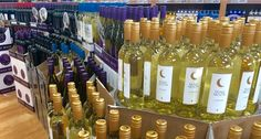 Classy and Cheap Wines You Should Be Buying at Trader Joe's Best Trader Joes Wine, Trader Joe's Wine, Trader Joes Food, Wine Cellar Racks, Wine Stains, Wine Guide, Expensive Wine, Cheap Wine, Wine Drinks
