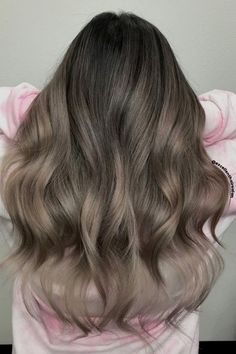 Baliage Hair, Sombre Hair, Hair Color Balayage, Hair Colour, Hair Highlights, Ash Brown Hair Balayage, Ashy Blonde Hair, Medium Ash Brown Hair, Ash Brown Hair Color