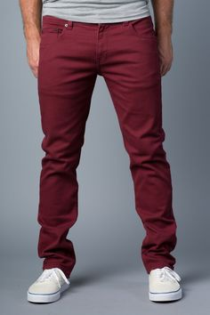 20Jeans Keep Men On Trend, On Budget & On The Top of Her to Call List! #mensfashion Maroon Pants Outfit, Chinos Men Outfit, Burgundy Outfit, Red Pants, Burgundy Jeans Mens, Maroon Jeans, Mens Fashion Blazer, Denim Fashion, Fashion Men