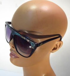 0ba408c871e Vintage Laura Biagiotti Mother of Pearl 80 s Sunglasses    LAURABIAGIOTTI  80 s Sunglasses