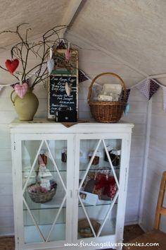 Silver Pennies: Across the Pond (Part 4): Down to the Farm.  Lovely shop - Mum's Pantry in Cornwall England filled with lots of handmade items.