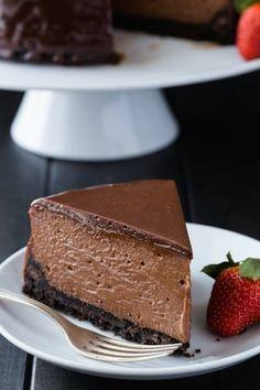 Nutella Cheesecake Recipe | Baked by an Introvert | 1000 No Bake Nutella Cheesecake, Chocolate Cheesecake Recipes, Baked Cheesecake Recipe, Nutella Recipes, Chocolate Desserts, Köstliche Desserts, Delicious Desserts, Dessert Recipes, Gourmet Bakery