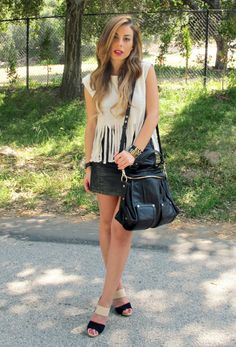 Fringe Benefits now on the blog! Color-block Coye Nokes Sandal, Fringe top, LA Street style