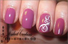 accent nail