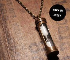 @Stephanie Close we could use these for my ashes (Hourglass Necklace) and then put the rest of me in the urn!!!!  I love this idea!!!