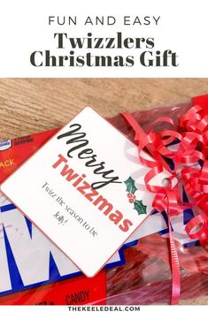 Fun and Easy Twizzlers Christmas Gift perfect for friends, neighbors and teachers Best Christmas Gifts, Family Christmas, Christmas Traditions, Christmas Photos, Christmas And New Year, All Things Christmas, Holiday Gifts, Christmas Crafts, Christmas Decorations