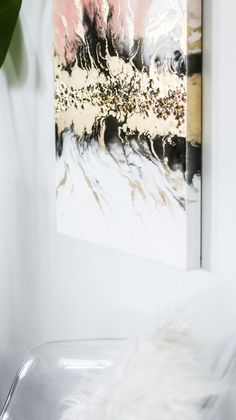 What you need to know before resin pouring! DIY resin art with gold and crystals - REDOdiy Resin Wall Art, Diy Resin Art, Art Diy, Resin Artwork, Diy Wall Art, Resin Crafts, Resin Paintings, Art Paintings, Wall Decor