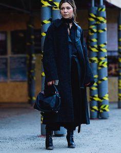 Coat: tumblr black black long long bag black bag loewe bag boots black boots pants black pants black