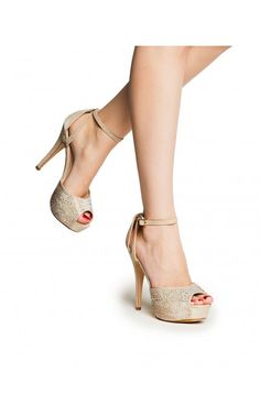 Shimmer and Dazzle Pump in Champagne