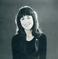 The beautiful Elisabeth Sladen who played Sarah Jane Smith in Doctor Who. Companion to both the and Doctor and temporary companion for the and Doctor!Much missed Sarah Jane Smith, Dr Sarah, Fifth Doctor, Good Doctor, Doctor Who Cast, Doctor Who Dalek, Doctor Who Companions, Classic Doctor Who, Doctor Who
