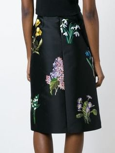 You'll find a great selection of designer A-line skirts at Farfetch. Search from over 2000 designers for your perfect designer A line skirt Fashion Details, A Line Skirts, Stella Mccartney, High Waisted Skirt, Fashion Outfits, Floral, Shopping, Collection, Design
