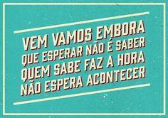 Cartazes com trechos do Hino Nacional Brasileiro nas manifestações 2013.