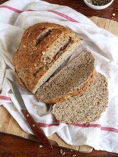 This Multigrain Loaf Completely Delicious is a best for your dinner made with awesome ingredients! Multigrain, Bread N Butter, Bread Baking, Yeast Bread, Bread Rolls, Baked Goods, Bread Recipes, Bakery, Good Food