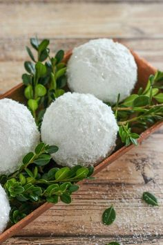 How to Make Sparkle Snow Texture Balls