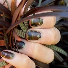 Such a simple idea! Cant believe I never thought of camo nails before! :P Adorned Nails: Military Camouflage Witoxicity Camouflage Nails, Camo Nails, Military Camouflage, Military Chic, Military Nails, Hunting Nails, Anchor Nails, Nail Polish Holder, Country Nails