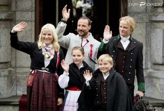 Queens & Princesses - The royal family celebrated the Norwegian National Day.