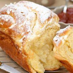 Placek, cinnamon rolls, kringle, panettone... Ces noms vous disent vaguement quelque chose ? Découvrez en recettes ces délicieuses brioches du monde !