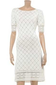 Simple white dress - detailed description for every row