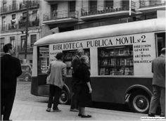 Bibliobús en 1957 Madrid
