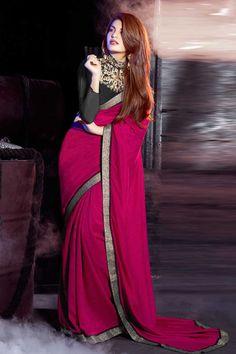 rose sari georgette avec chemisier en soie d'art Prix:-61,81 € nouvelle collection de saris concepteur d'arrivée sont maintenant en magasin présenté par Andaaz la mode comme le rose sari georgette avec chemisier en soie d'art. agrémenté de broderies, Zari, concepteur Pallu, chemisier col rond, manches trimestre, chemisier. cette robe est préfet pour la fête, mariage, fête, cérémonie http://www.andaazfashion.fr/pink-georgette-saree-with-art-silk-blouse-dmv7788.html