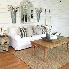 Awesome 110 Best Cozy Farmhouse Living Room Decor Ideas https://besideroom.co/110-best-cozy-farmhouse-living-room-decor-ideas/