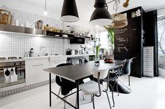 ブラック&ホワイト!スタイリッシュな北欧キッチンのインテリア実例40|賃貸マンションで海外インテリア風を目指すDIY・ハンドメイドブロ…