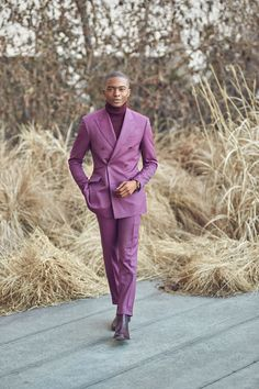 Why The Monochromatic Dressing Trend Is A Favorite — Igee Okafor Monochrome Outfit, Monochrome Fashion, Guy Fashion, Mens Fashion, Fashion Outfits, Death By Glamour, Well Dressed Men, Style Guides, Winter Outfits