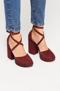 d0aae7273468 12 Best Lace Up Boots images