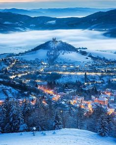 The beautiful town of Banská Štiavnica, Slovakia 🇸🇰 Travel Route, Europe Travel Tips, Travel Destinations, Beautiful Places In The World, Beautiful Places To Visit, Wonderful Places, Solo Travel, Travel Usa, South America Travel