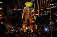 Os Gemeos Giant (2009)
