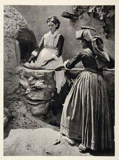 1937 Sardinia, Woman Bread making in Italy, Italian Cooking, vintage Italy