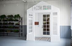Frank & Eileen showroom LA designed by Melody Weir | Remodelista