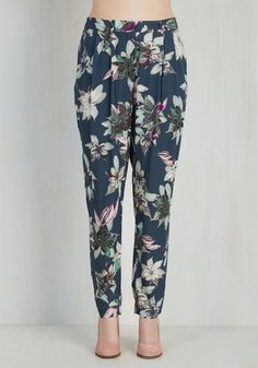 Fashion style Navy Shoppingold floral pants for lady