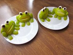 Frogs made from apples, grapes and mini marshmallows!