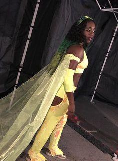 Naomi Naomi Wwe, Trinity Fatu, Wwe Couples, Wwe Girls, True Love Stories, Wwe Superstars, Diva, In This Moment, Female