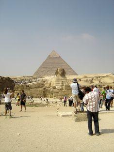 #magiaswiat #kair #egipt #podróż #zwiedzanie #afryka #blog #miasto #cytadela #giza #piramidy #sfinks #muzeum #kościół #koptyjski #meczet #alabastrowy #cytadela #wytwórniaperfum #memfis #suk #papirusy #saqqara Monument Valley, Louvre, Building, Nature, Blog, Travel, Naturaleza, Viajes, Buildings