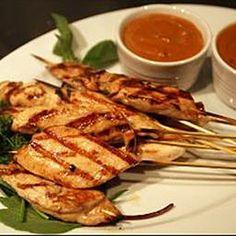 Thajské kuřecí Satay s arašídovou omáčkou  (Thai Chicken Satay with peanut sauce)