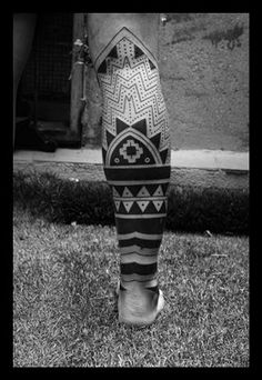 Maori tattoos Designs Ideas for leg Tatuajes Tattoos, Leg Tattoos, Black Tattoos, Tribal Tattoos, Sleeve Tattoos, Cool Tattoos, Stammestattoo Designs, Tattoo Diy, Filipino Tattoos