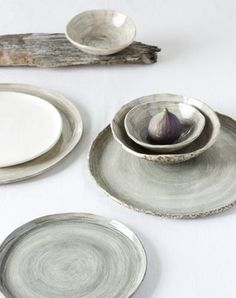 plates and platters via @thelaneweddings