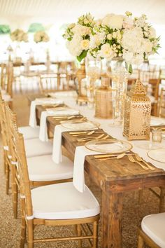 The hue of gold for an event bursting with glam and style! #cedarwoodweddings Tennessee Destination Wedding | Cedarwood Weddings